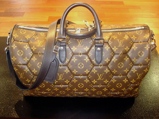louis-vuitton-soccer-ball-bag-fw09
