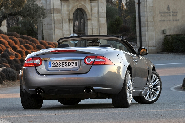 jaguar_xk_convertible_2009_017