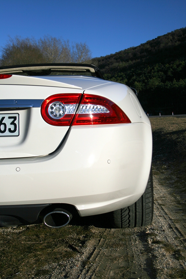 jaguar_xk_convertible_2009_038