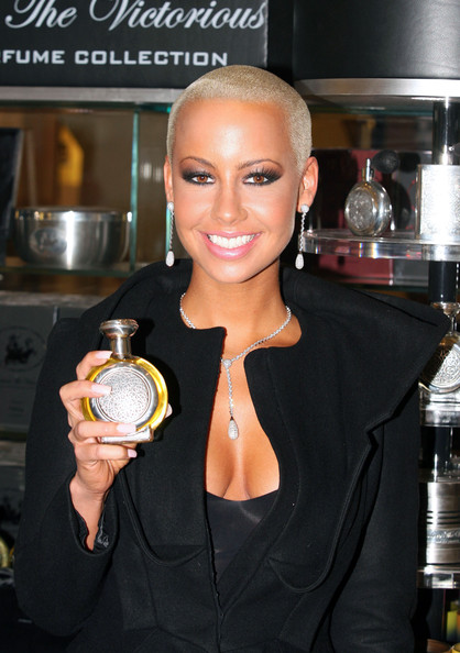 amber-rose-boadicea-the-victorious-ad2